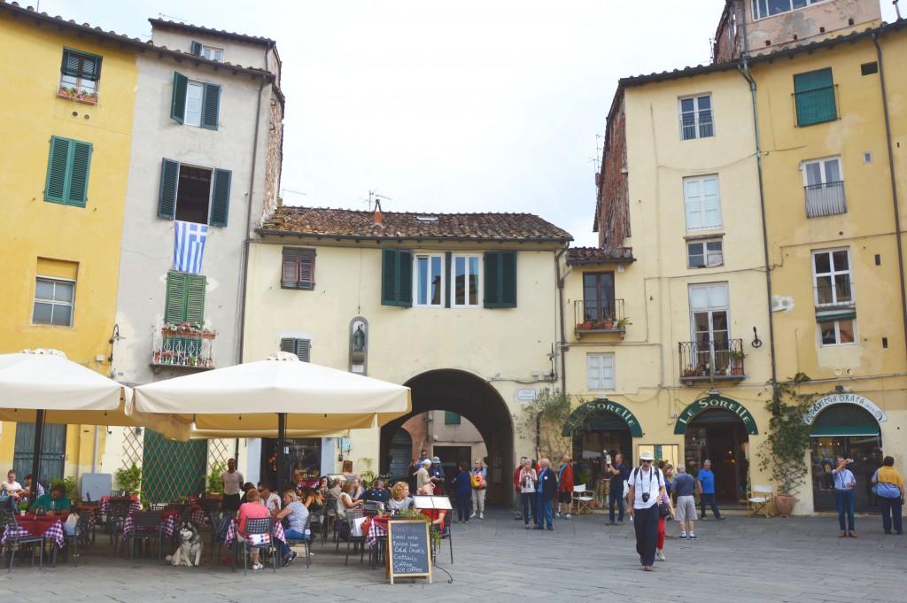 Italië: Tips en bezienswaardigheden voor het wonderschone Lucca